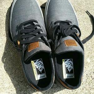 Vans Deluxe Comfort Men's Gray Tie Shoes 12